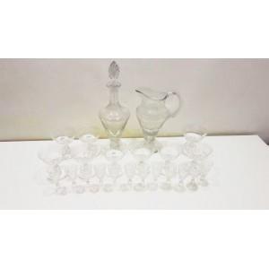 Conjunto de preciosas Copas de Licor en Cristal Talladas