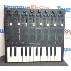Reloop KeyPad Controlador MIDI con Pads y Teclado